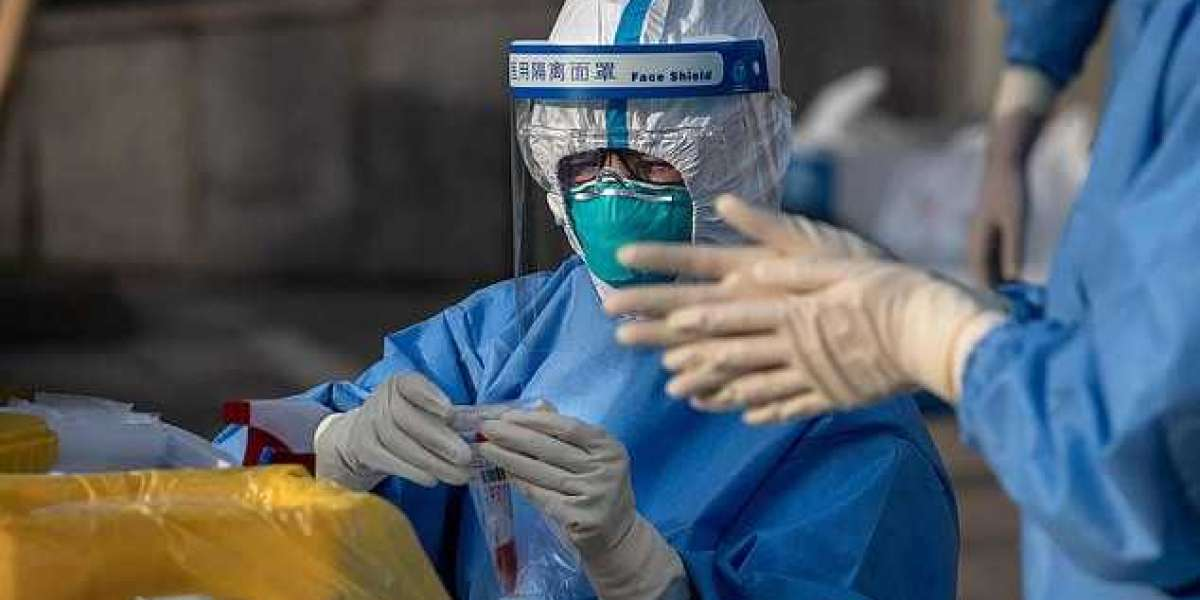 Coronavirus is weaker than it was during the height of the pandemic - Italian doctors say