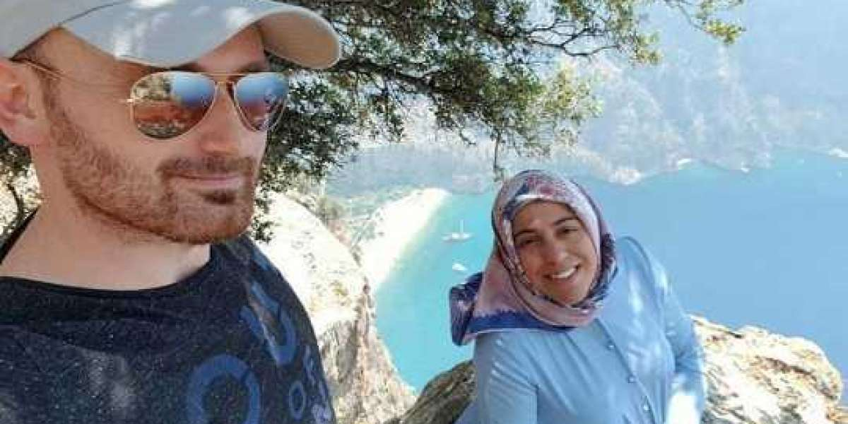 Man allegedly pushed pregnant wife off cliff so he could cash in on her life insurance